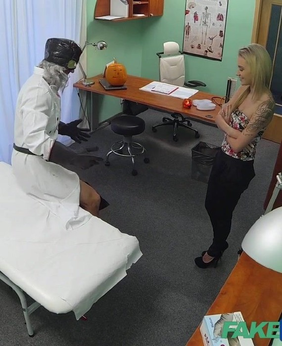 Fakehospital pretty patient was prepped by nurse 3