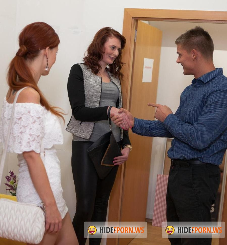 Mynaughtyalbum inpatient bitch isabella getting fucked by a photographer 3