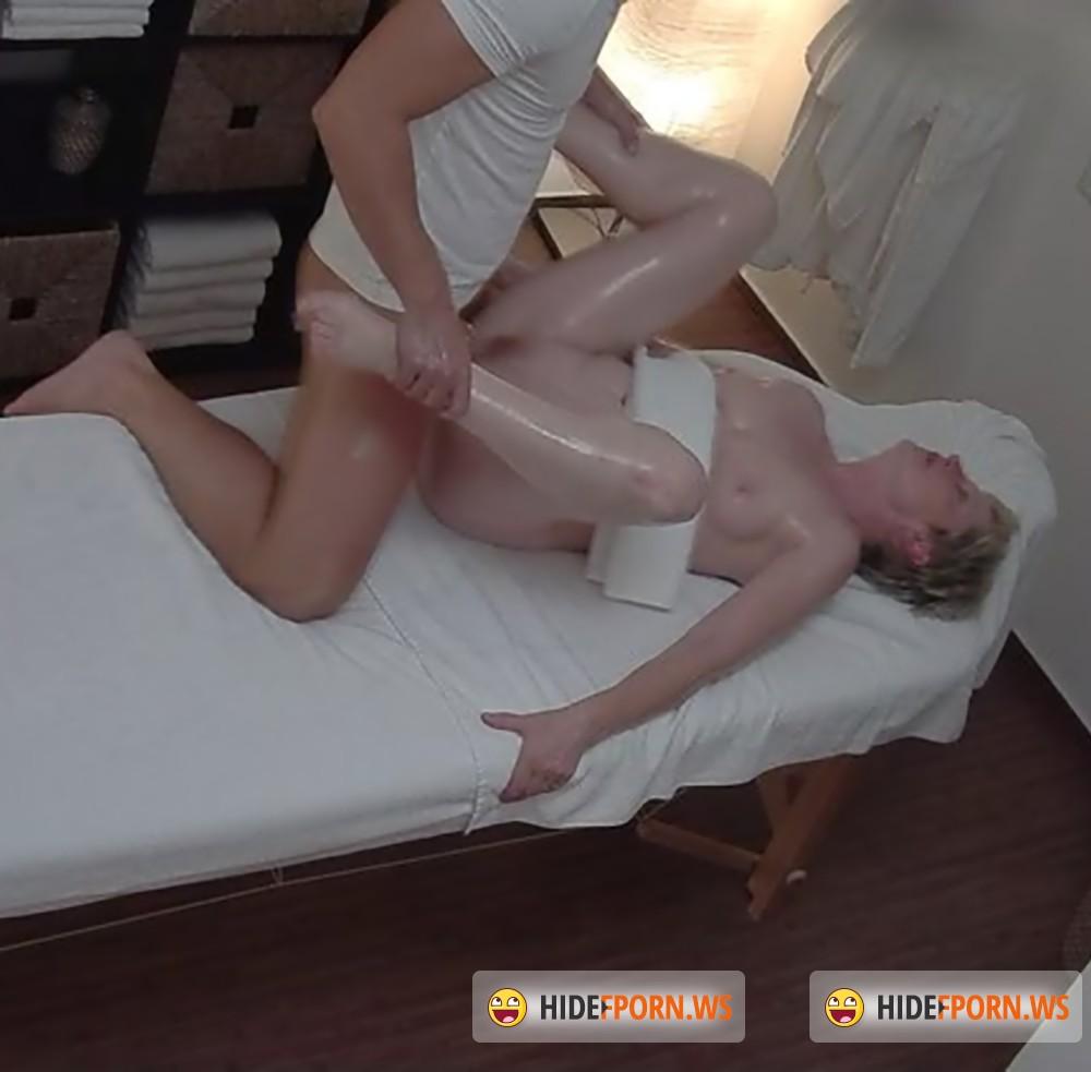 seks-v-cheshskom-massazhnom-salone