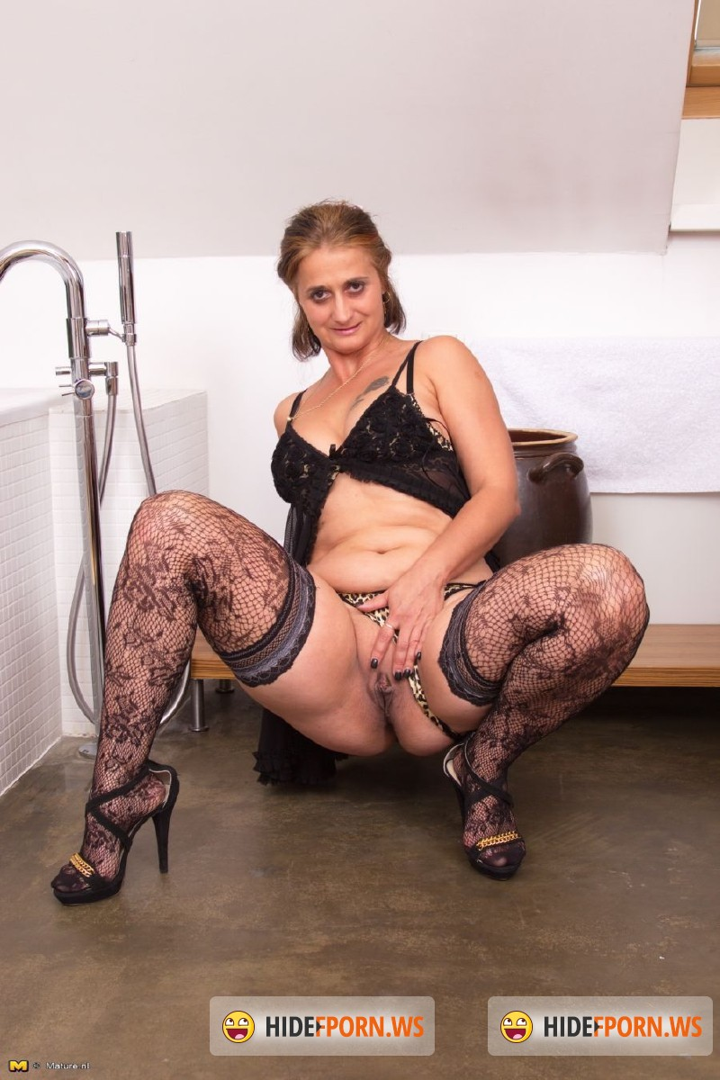 porn mature nl Mature.nl - Letisha (42) - Mat-Busty89 [HD 720p]