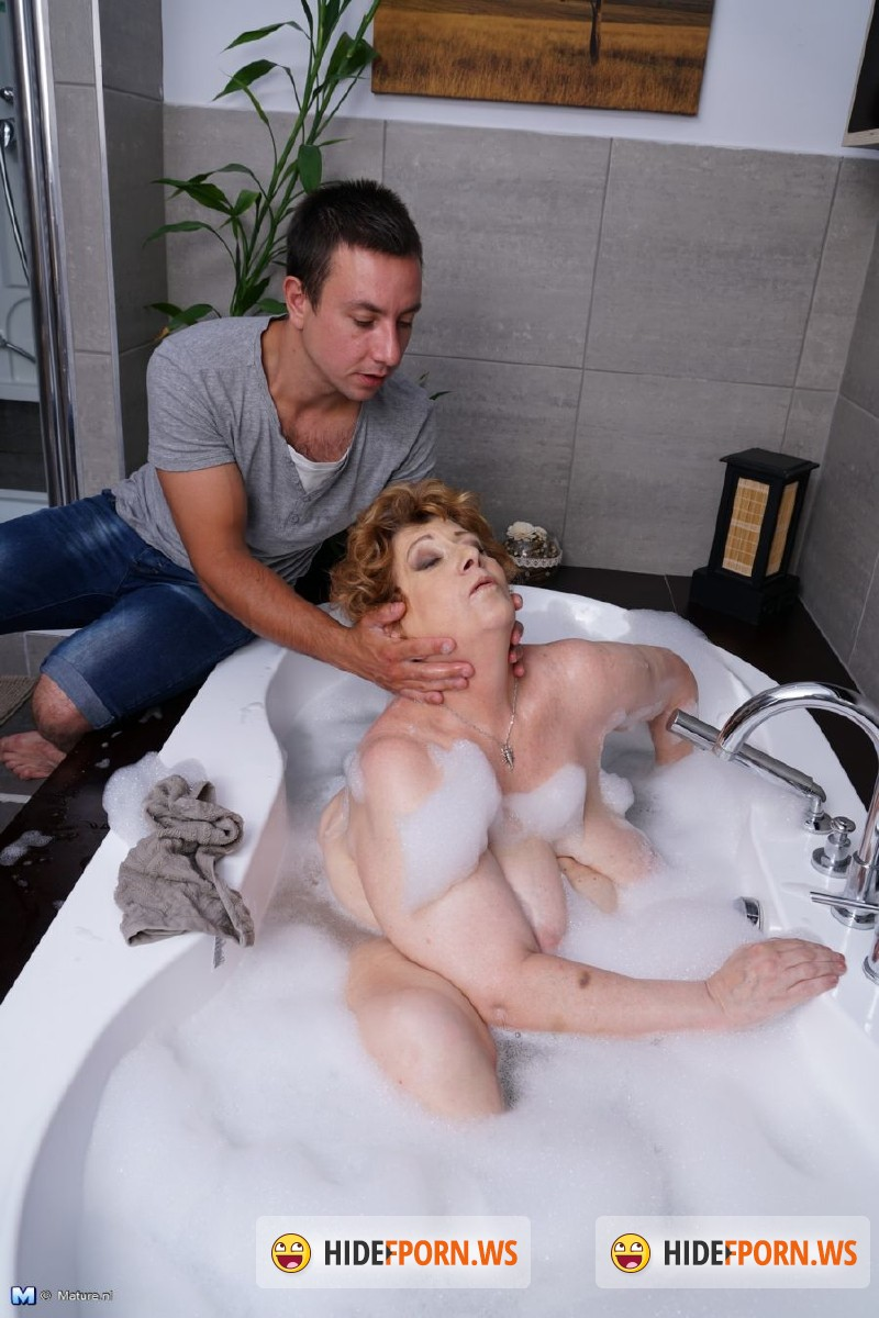 Mature.nl - Tamara B. (52) - Mat-Alex264 [HD 720p]