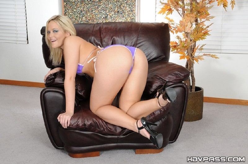 HDVPass.com - Alexis Texas - Alexis Texas swallows loads of jizz [HD 720p]