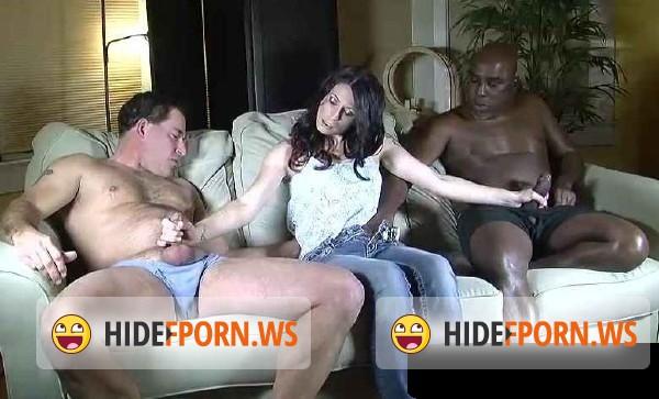 muzh-zhene-priglasil-negra-seks