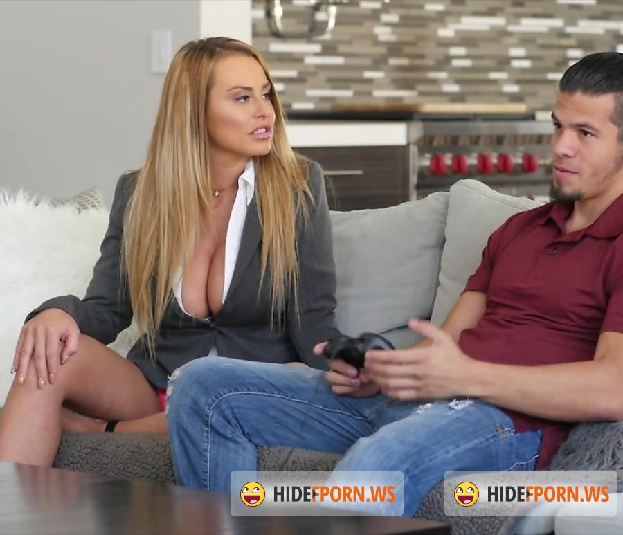 PureMature - Corinna Blake - A Mothers Work Is Never Done [FullHD]