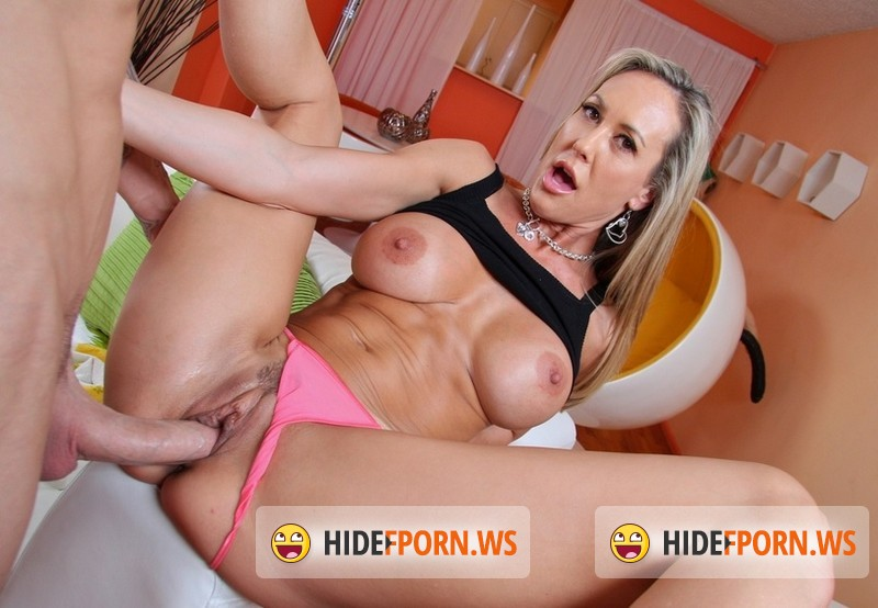 BigTitCreamPie - Brandi Love - Sexy Mom Gets Cum In Her [SD 540p]