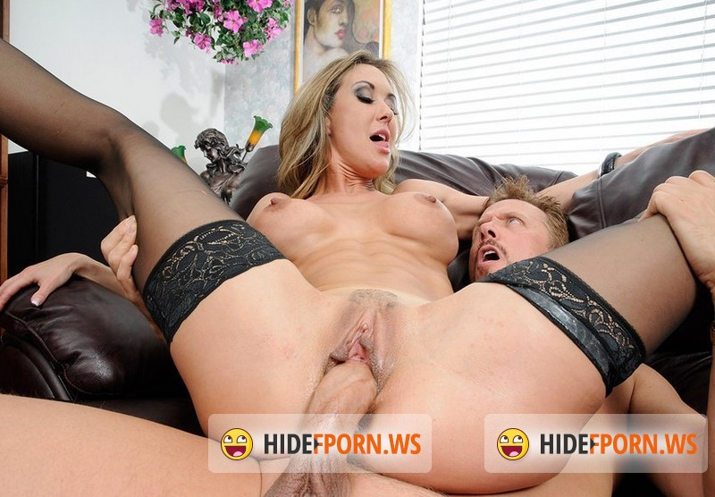 FreshMILFs - Brandi Love - Perfect Stunner Brandi Love Fucks a Lucky Guy [SD 540p]