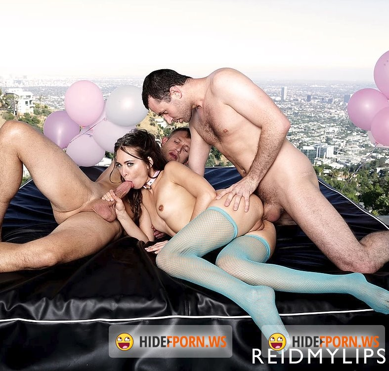 Reidmylips - Riley Reid - Rileys Birthday Wish [HD]