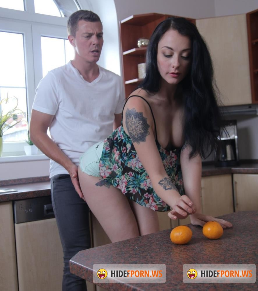 DaneJones/SexyHub - Alessa Savage - Cheeky British Girl is Always Horny [FullHD 1080p]