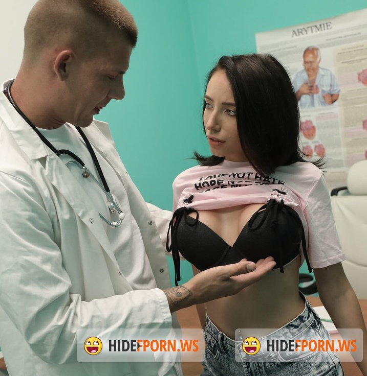 FakeHospital -  Lola Bulgari - Tattooed hottie squirts and orgasms [FullHD 1080p]