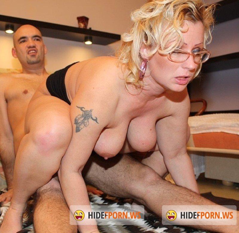 Hot milf porno
