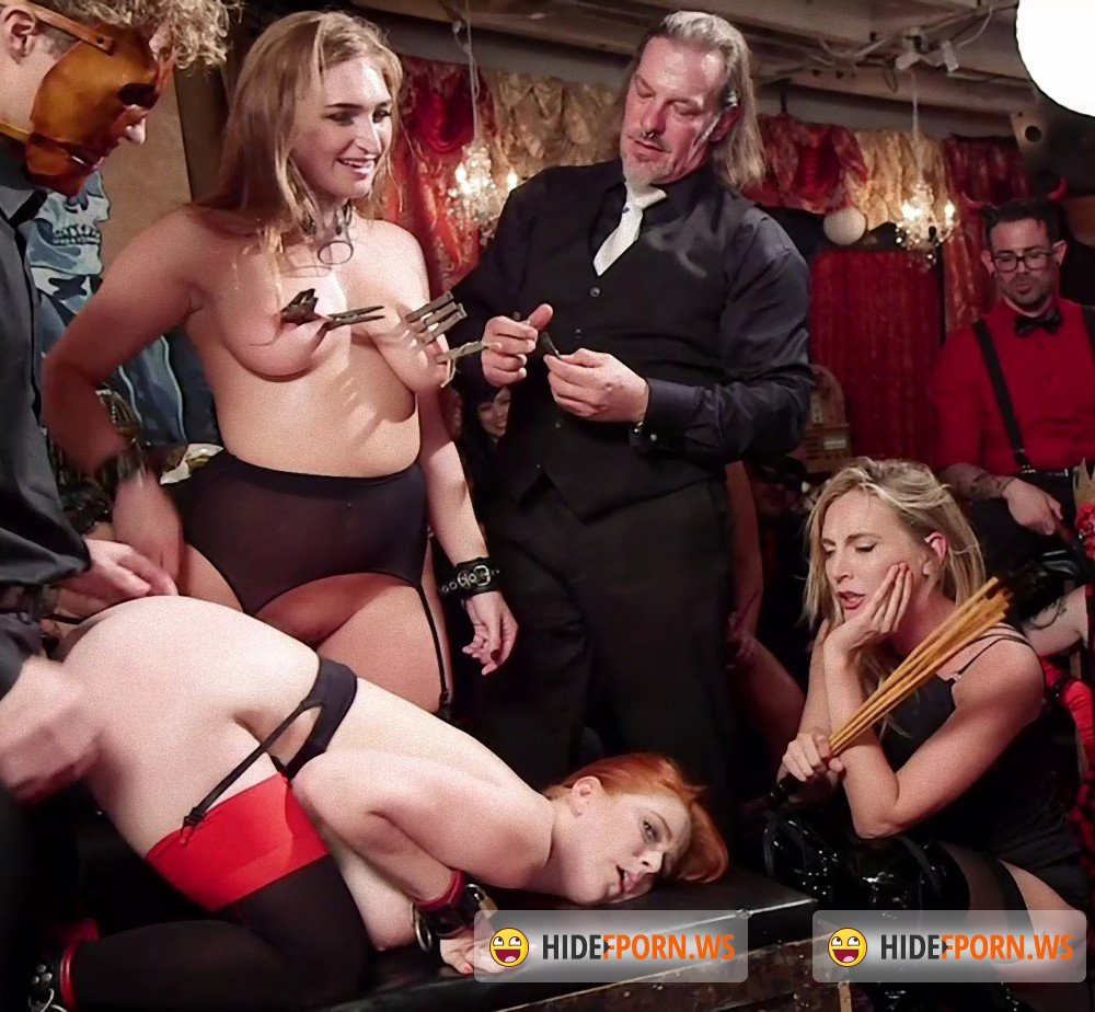 TheupperFloor/Kink - Penny Pax, Skylar Snow, Michael Vegas, Mona Wales - Squirting Slave Sluts Inspire A BDSM Halloween Orgy [HD 720p]
