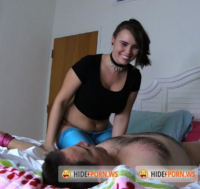 BratPrincess.us/Clips4sale.com - Natalya - Smother Under My Stench [FullHD 1080p]