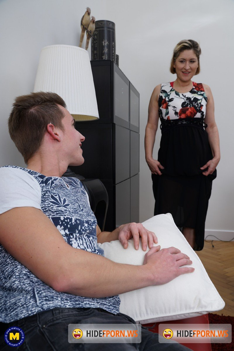 Mature.nl - Teresa Lynn EU 45 - German housewife Teresa doing her toyboy [FullHD 1080p]