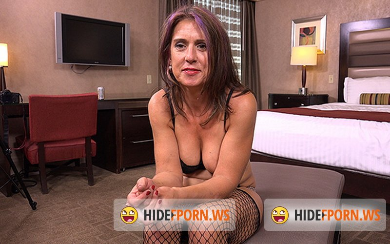 MomPov.com - Grace - 38 year old MILF gets her juicy ass fucked [HD 720p]