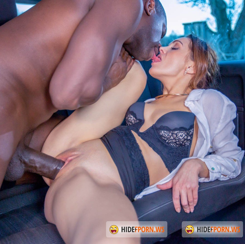 Private - Dominica Phoenix - Takes interracial anal without leaving the taxi [FullHD 1080p]