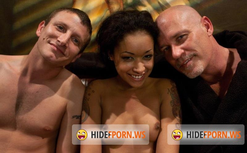 SexAndSubmission.com/Kink.com - Skin Diamond - The Loan Sharks [HD 720p]