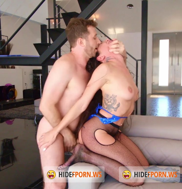 Analized - Kissa Sins - At Her Most Hardcore [FullHD 1080p]