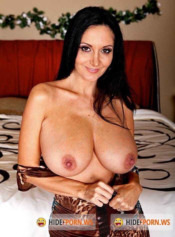 RealWifeStories.com/Brazzers.com - Ava Addams - You're Busted, I'm Busty [SiteRip 432p]