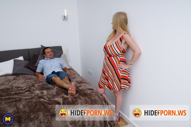Mature.nl - Lily May EU 49 - British big breasted lady fucking and sucking [SD 540p]