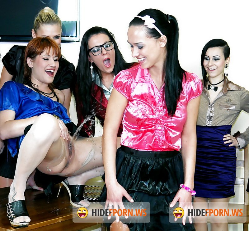 Eromaxx.com - Jenna Lovely, Lucy Bell, Mia Angel, Adel Sunshine, Valentina Ross ,Viktoria Sweet - Lesbo Pissers Support Group Part 1 [SD 540p]