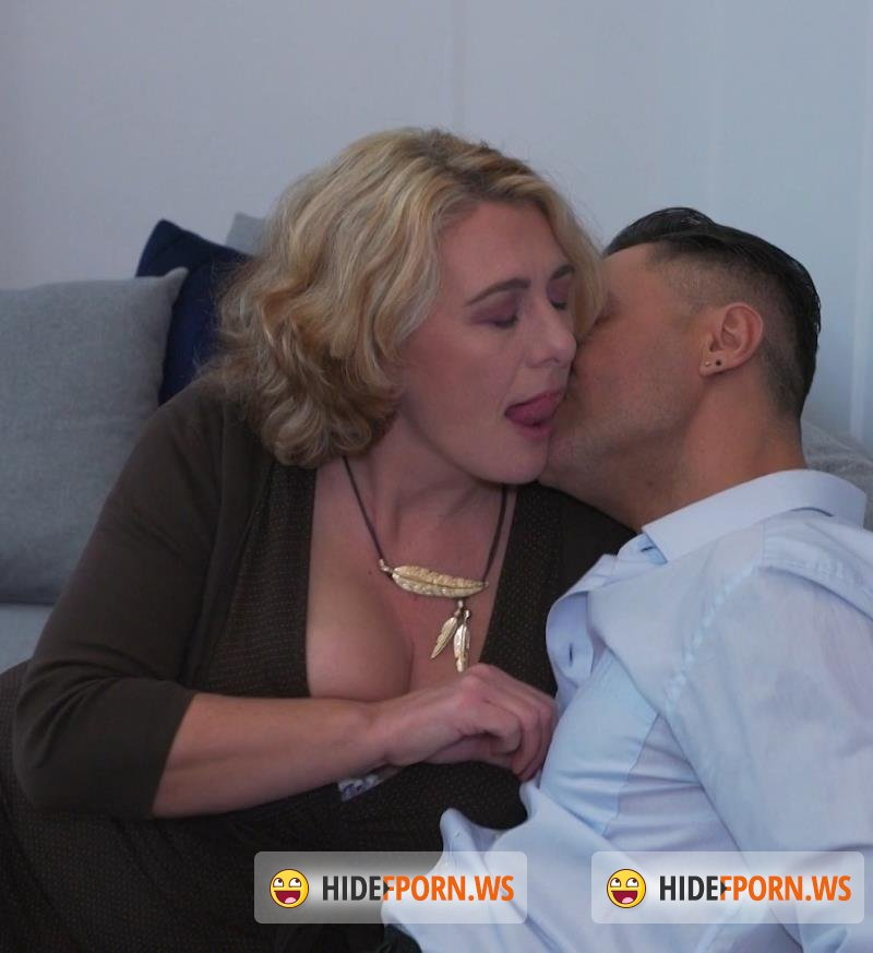 Mature.nl/Mature.eu - Camilla C. - Camilla is in for a date filled with Anal, Squirting and creampie [FullHD 1080p]