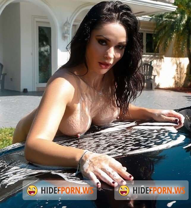Realitykings.com - Crystal Rush - Milf Can I Wash Your Car [FullHD]