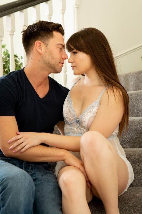 Wicked.com - Alison Rey - I Know Youre Watching, Scene 5 [FullHD]