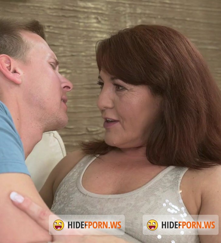 fuck with hot mom