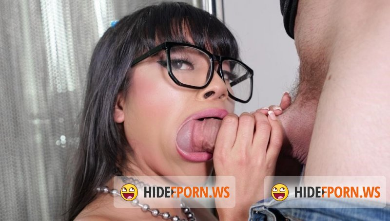 OnlyTeenBlowJobs -  Aryana Amatista  - Striptease For My Stepbrother  [2019 FullHD]