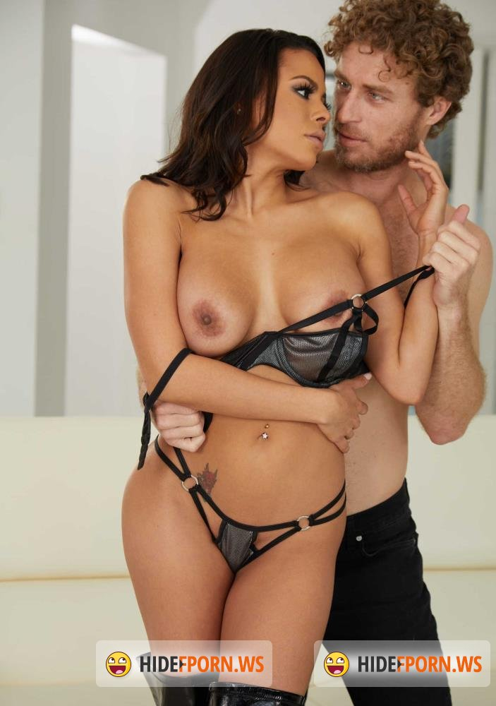 NaughtyAmerica - Luna Star - Huge Tits and Big Ass Featuring Luna Star [FullHD 1080p]