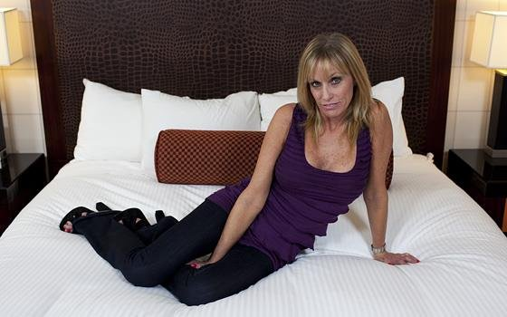 MomPov.com - Jessie - 50 year old gilf comes back for anal [HD 720p]