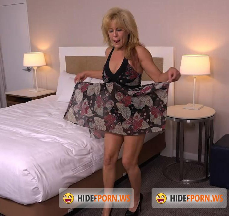 MomPov.com - Candy - 49 year old hot natural body FBSM Cougar [HD 720p]