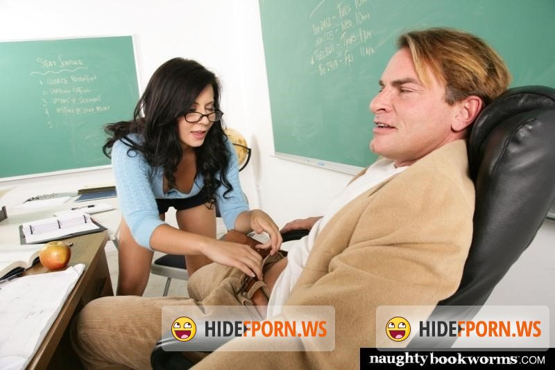 NaughtyBookworms - Madison Ivy - Madison Ivy Fucks The Teacher [2019/SD]